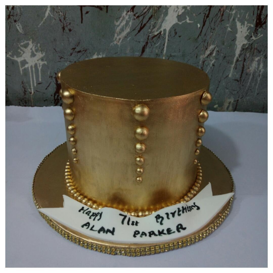 22 carat gold cake